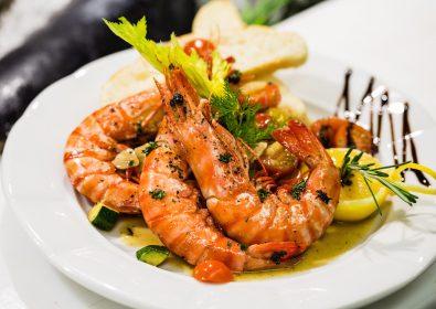 Shrimps with Fayrouz Pineapple Sauce