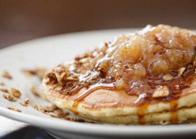Applesauce Pancakes with Fayrouz Apples (Mother's day special)